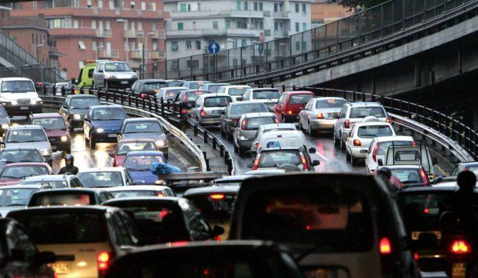 Alexa traffico mobilità luceverde aci