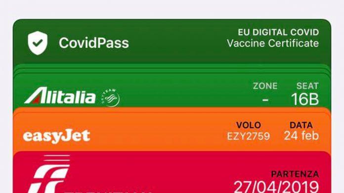 Green Pass wallet iphone